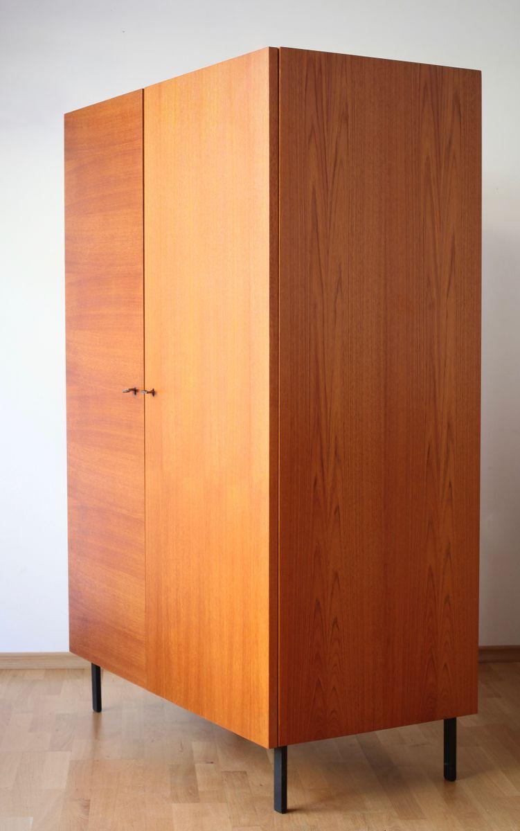 teak furnier kleiderschrank von musterring 1960er bei. Black Bedroom Furniture Sets. Home Design Ideas