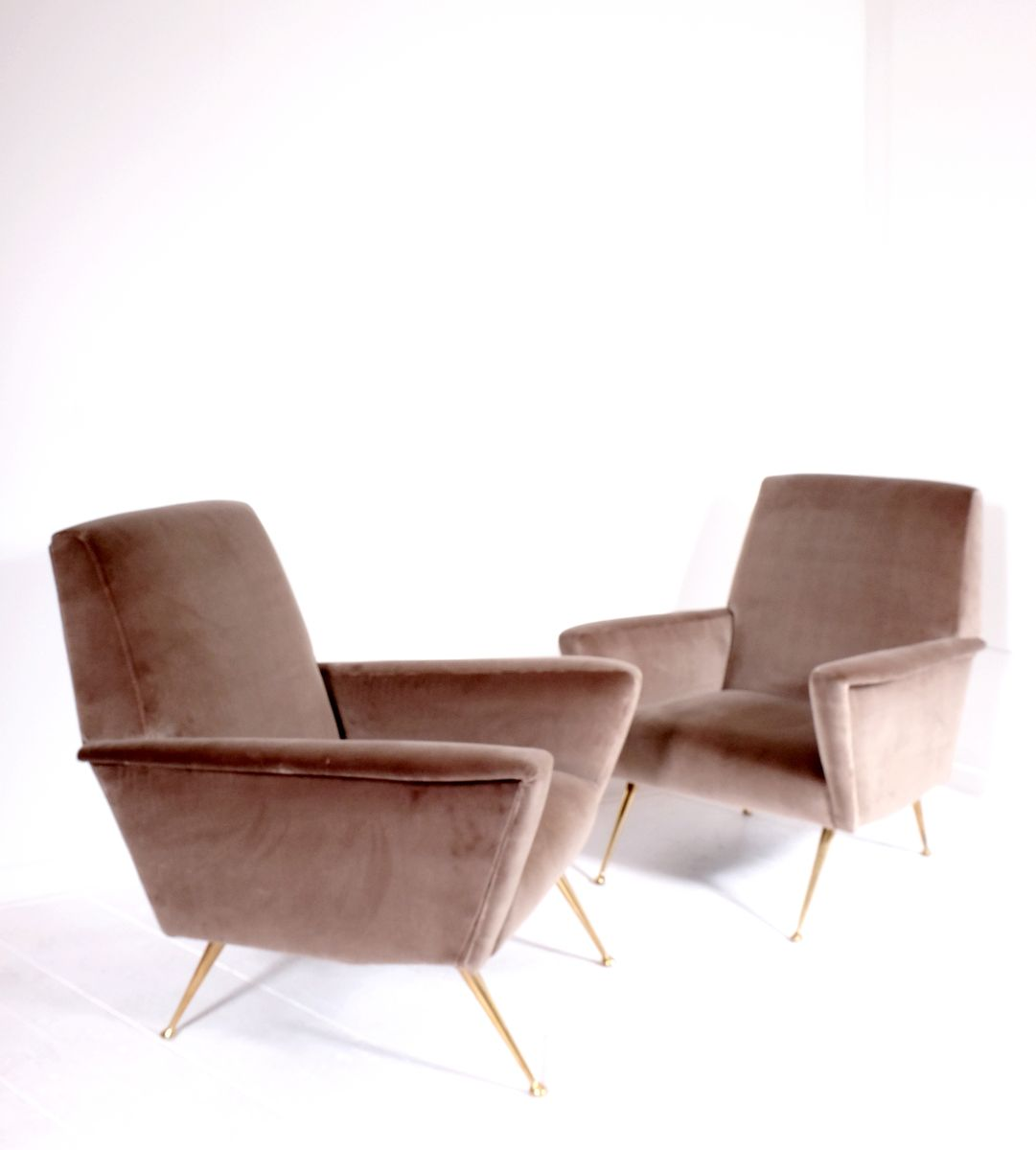 italienische armlehnst hle 1960er 2er set bei pamono kaufen. Black Bedroom Furniture Sets. Home Design Ideas