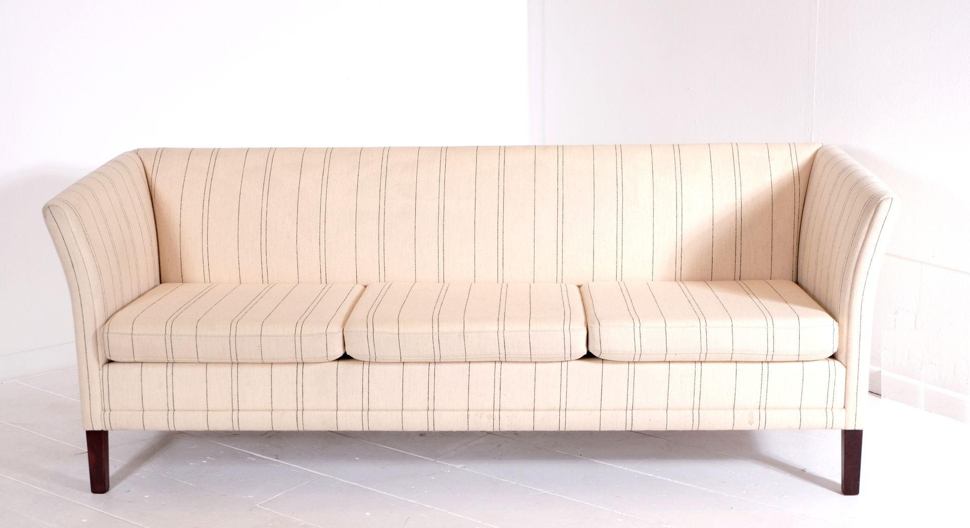 skandinavisches 3 sitzer sofa 1970er bei pamono kaufen. Black Bedroom Furniture Sets. Home Design Ideas
