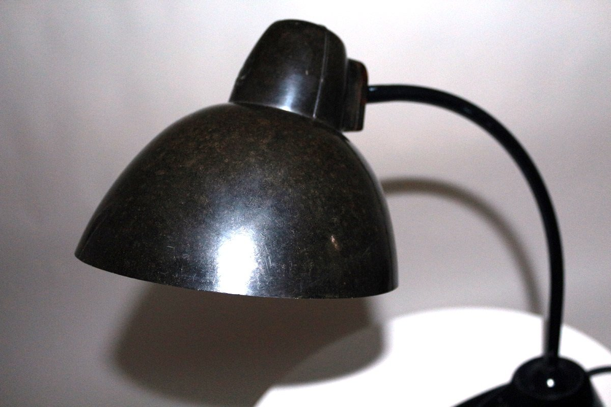 bauhaus stil bakelit tischlampe 1930er bei pamono kaufen. Black Bedroom Furniture Sets. Home Design Ideas