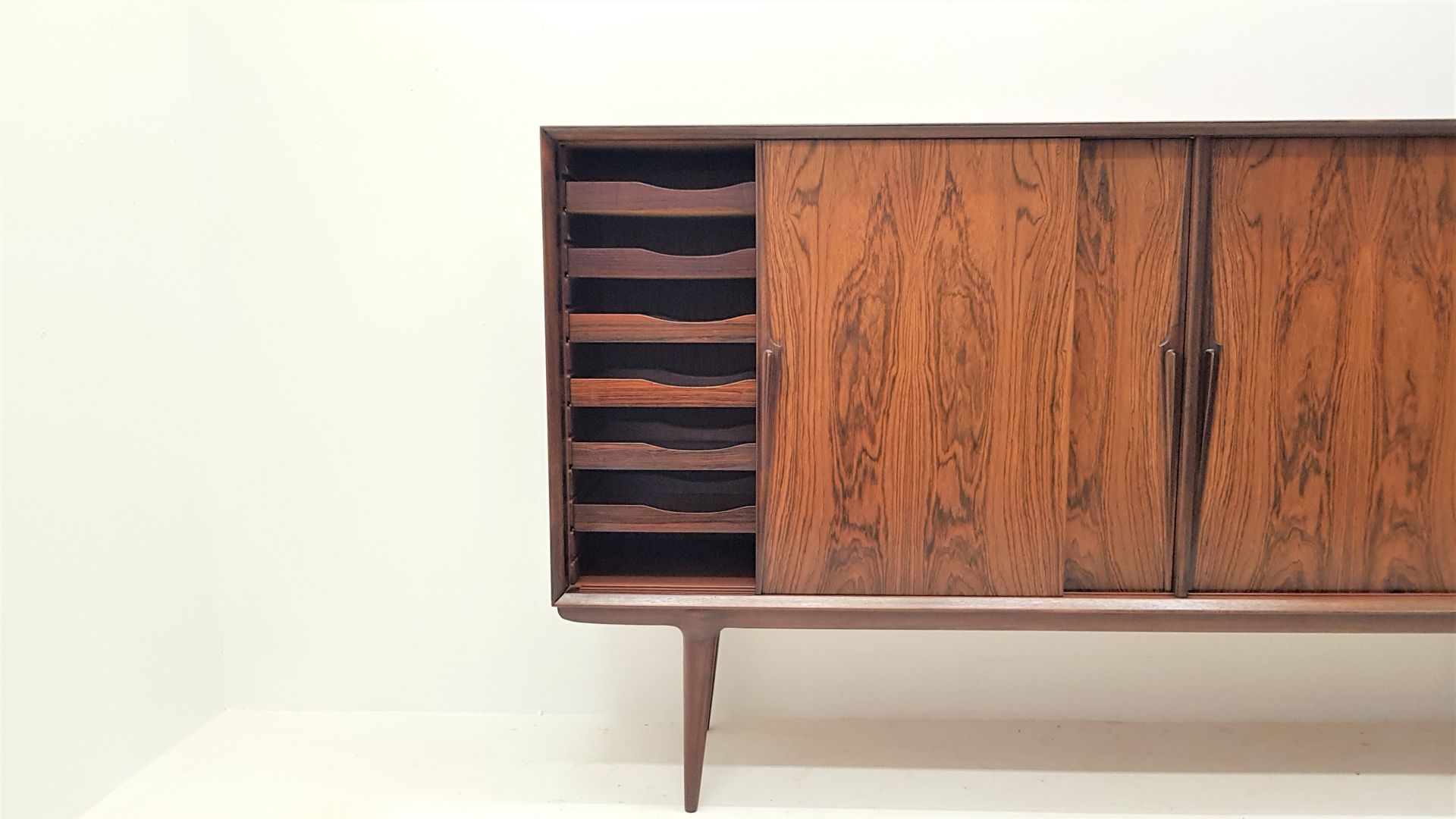 rio rosewood model 19 sideboard from omann jun 1960s for. Black Bedroom Furniture Sets. Home Design Ideas
