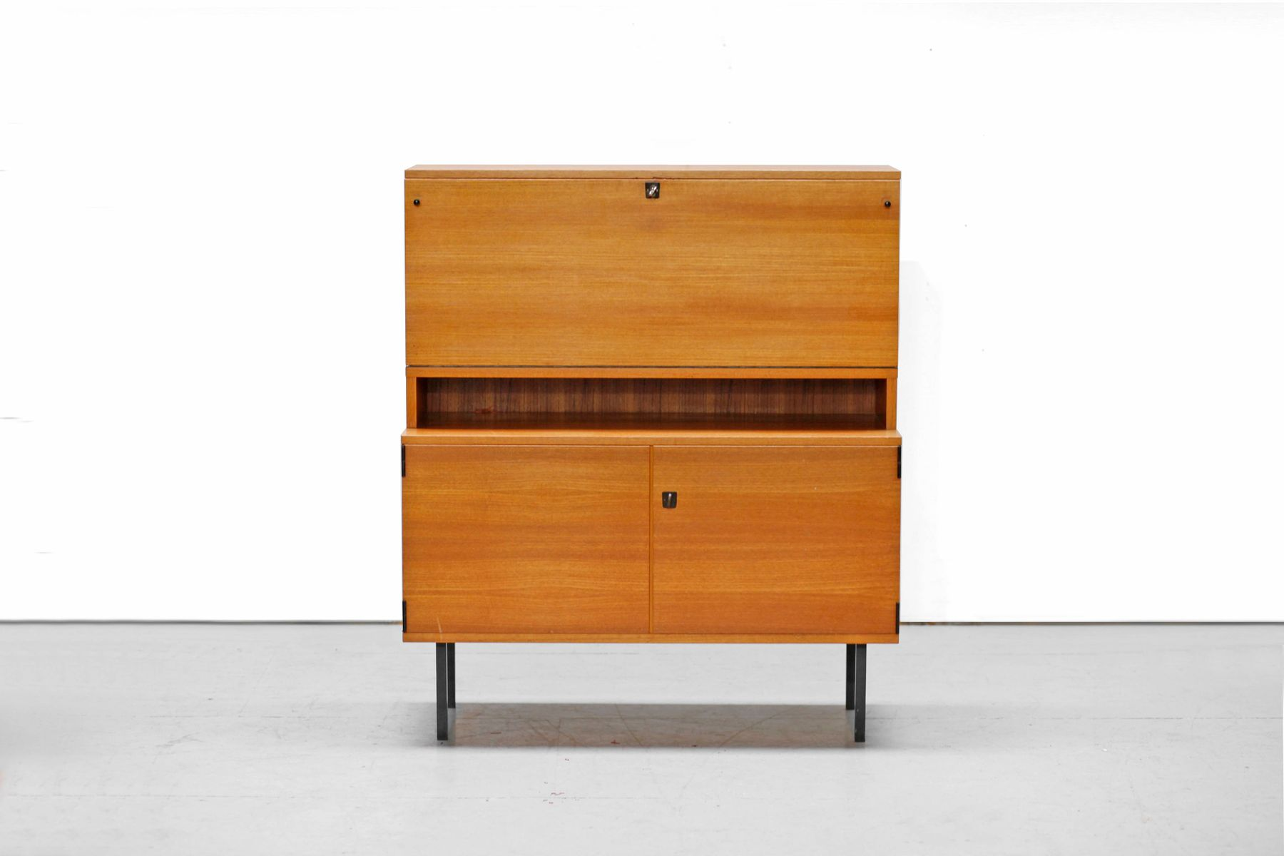 mid century teak kommode von rego 1960er bei pamono kaufen. Black Bedroom Furniture Sets. Home Design Ideas
