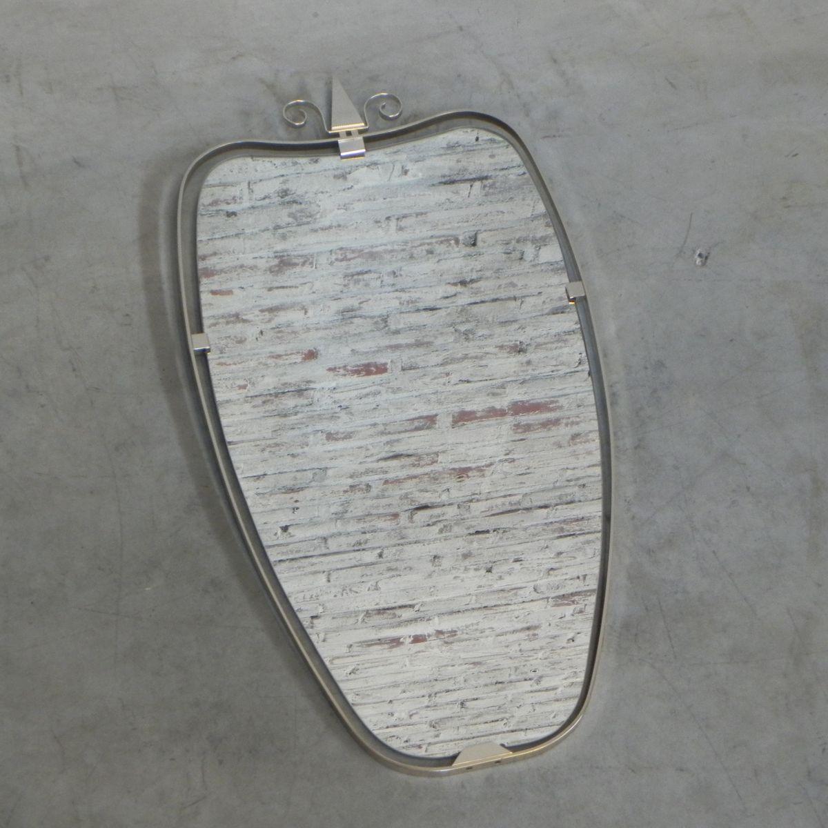 Espejo vintage con marco de aluminio en venta en Pamono