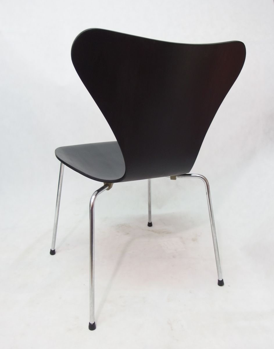 series 7 stuhl von arne jacobsen f r fritz hansen 1976 bei pamono kaufen. Black Bedroom Furniture Sets. Home Design Ideas