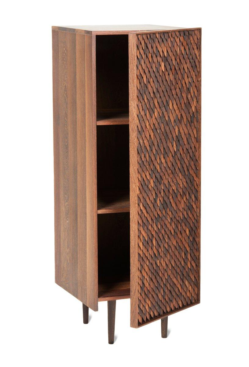mittelhoher embi schrank mit 1 t r von mabeo studio bei. Black Bedroom Furniture Sets. Home Design Ideas