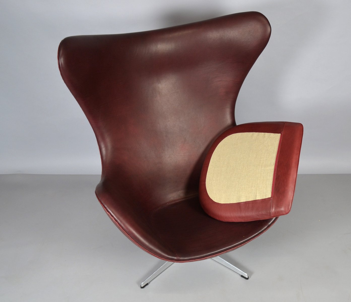 Affordable Egg Chair Aus Leder Von Arne Jacobsen Fr Fritz Hansen With Egg  Chair Leder With Egg Sessel.
