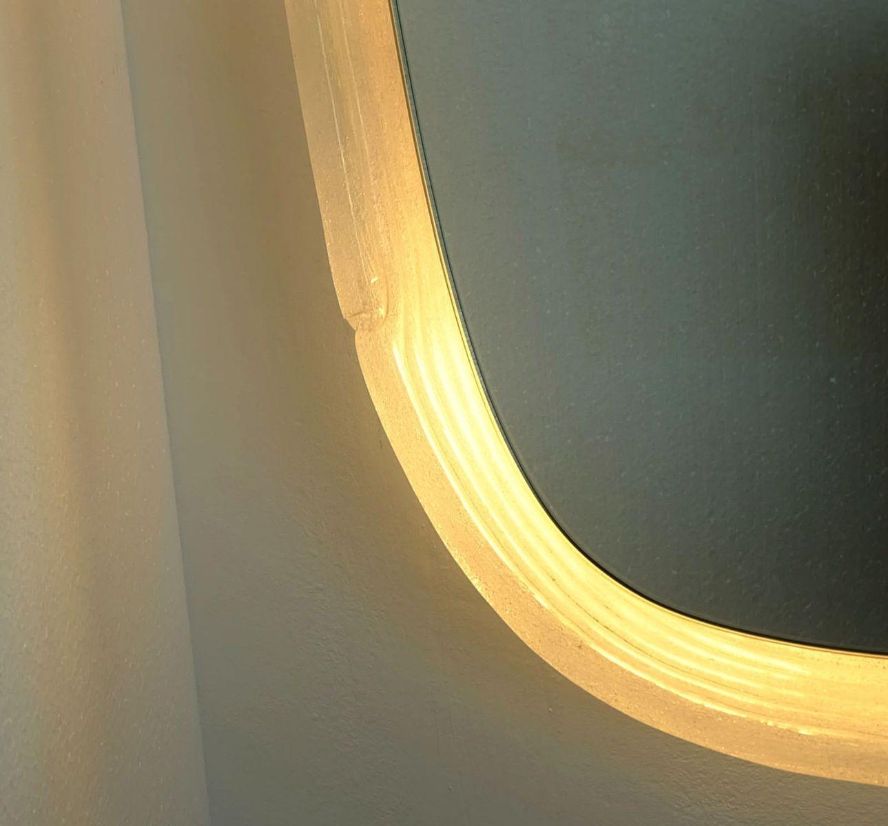 gro e spiegel mit beleuchtung 1960er bei pamono kaufen. Black Bedroom Furniture Sets. Home Design Ideas