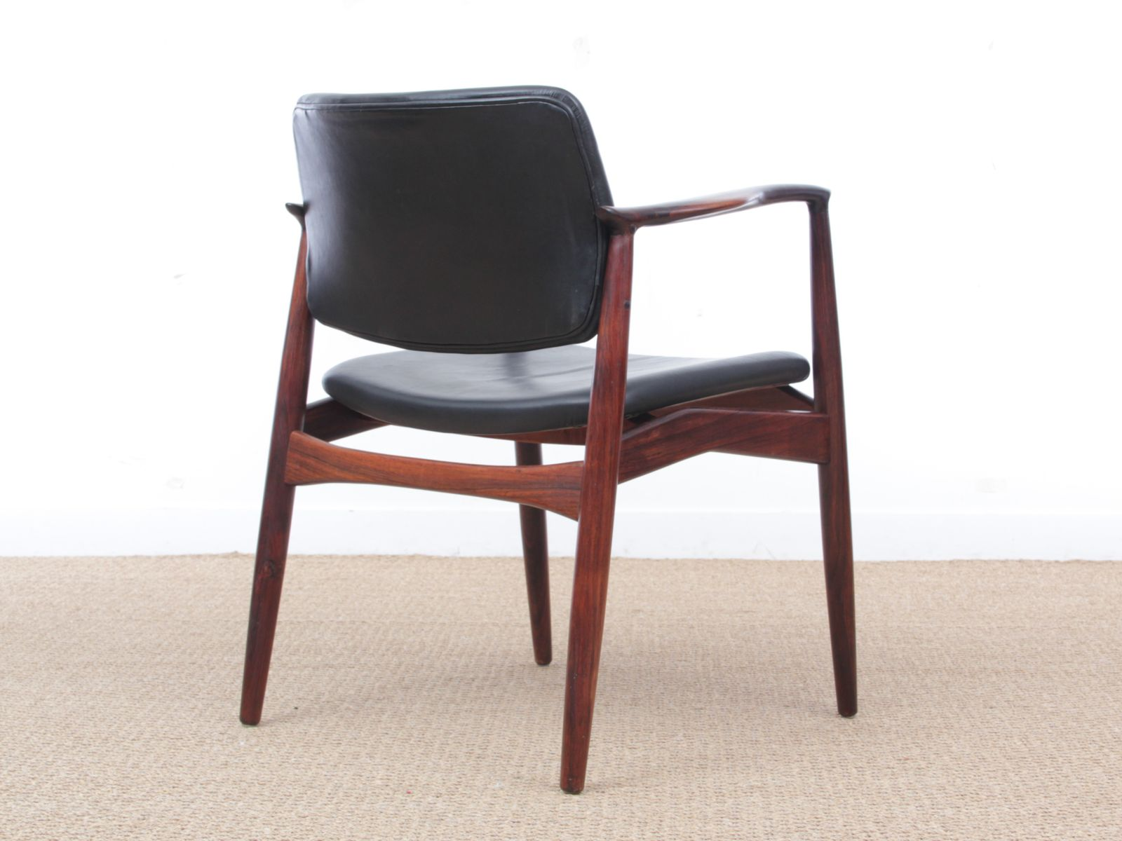 scandinavian 66 rio rosewood armchair by erik buch 1958. Black Bedroom Furniture Sets. Home Design Ideas