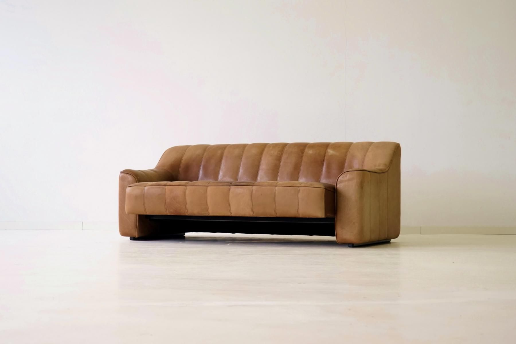 Vintage DS 44 3-Seater Sofa from de Sede, 1970s for sale at Pamono