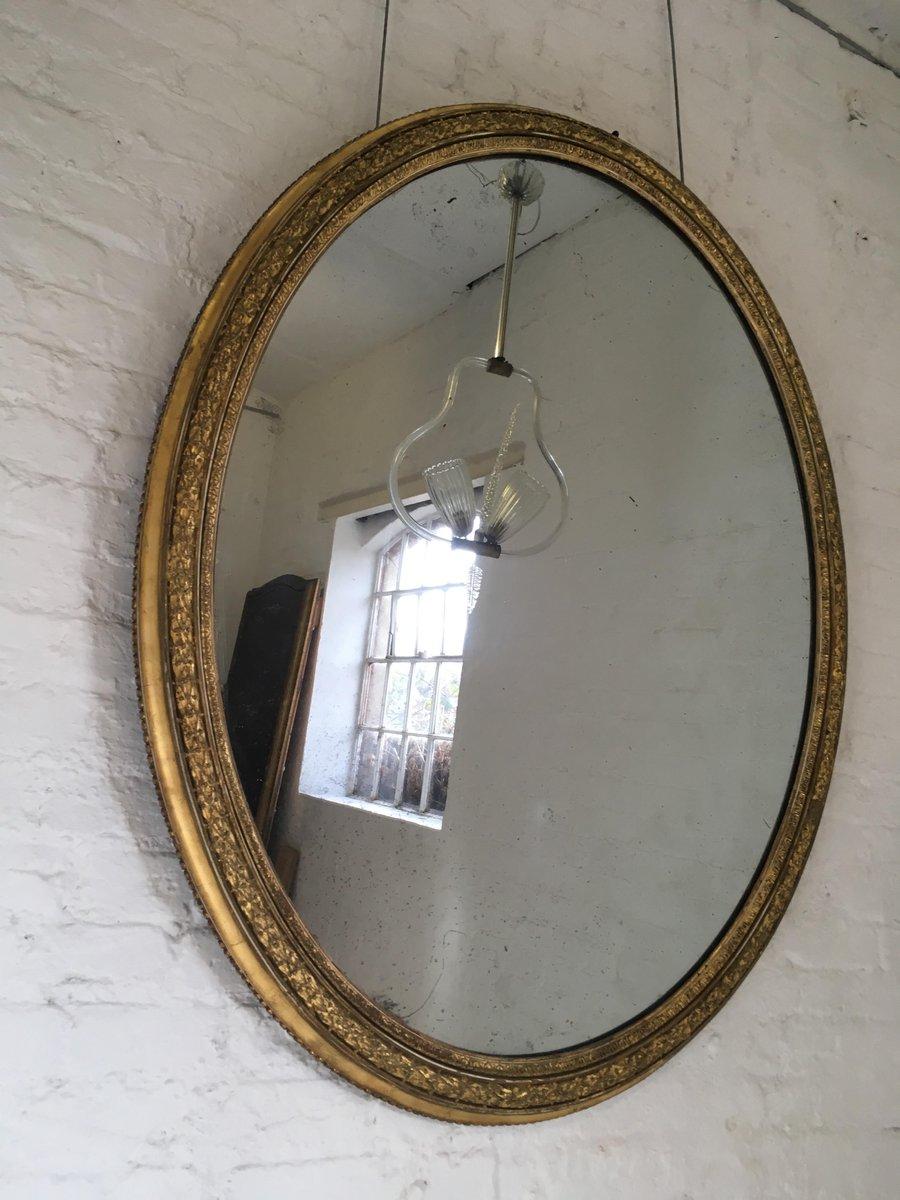 Großer ovaler Spiegel mit vergoldetem Rahmen, 1850er bei Pamono kaufen