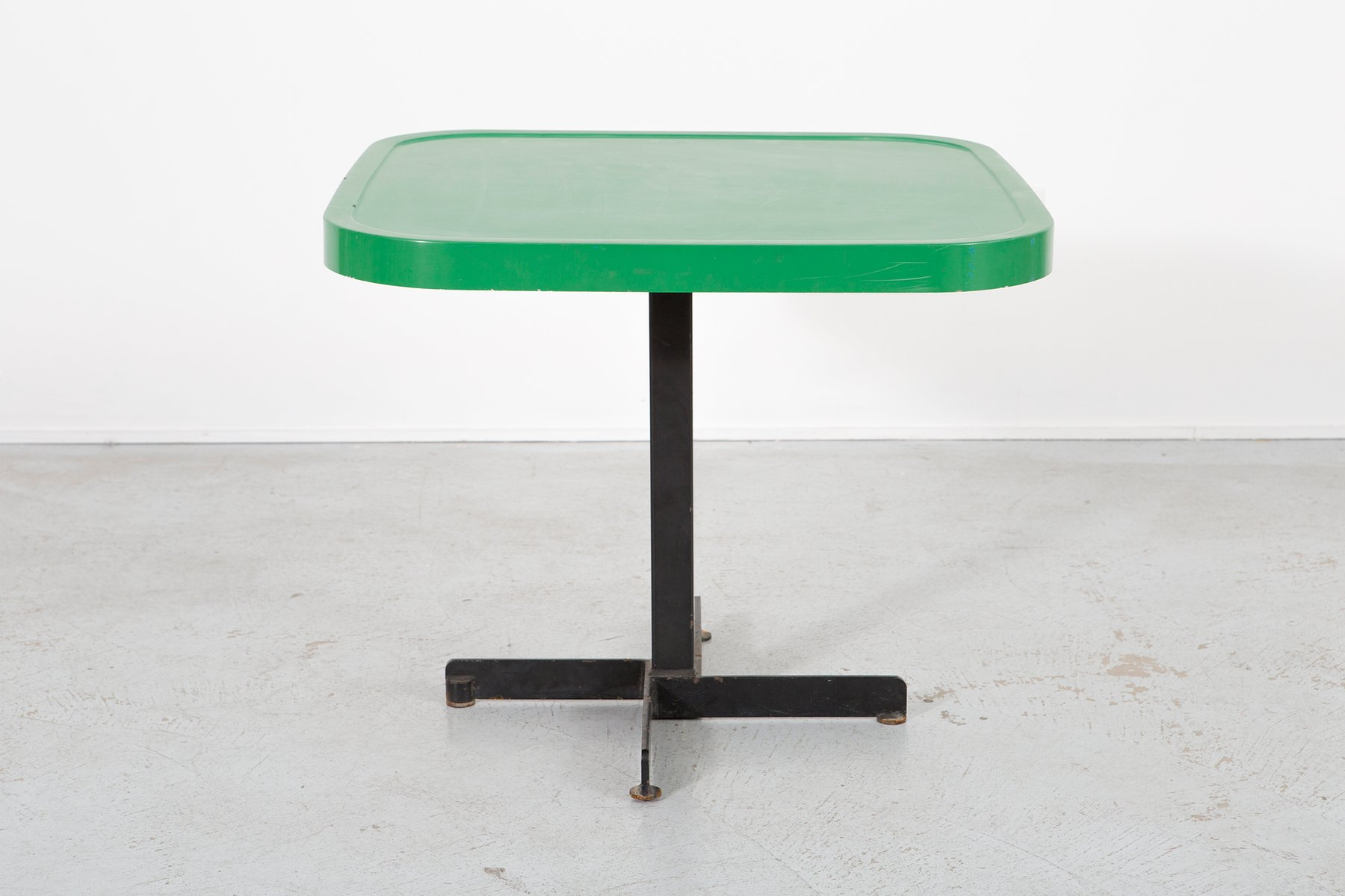 green metal enameled table by charlotte perriand 1960s for sale at pamono. Black Bedroom Furniture Sets. Home Design Ideas