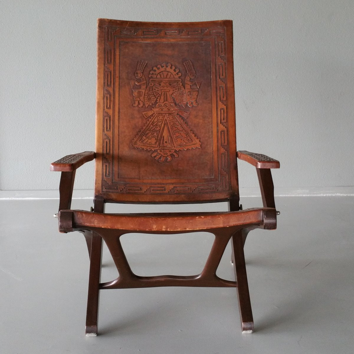 Leather wood folding chair by angel pazmino for muebles - Muebles estilo provenzal ...