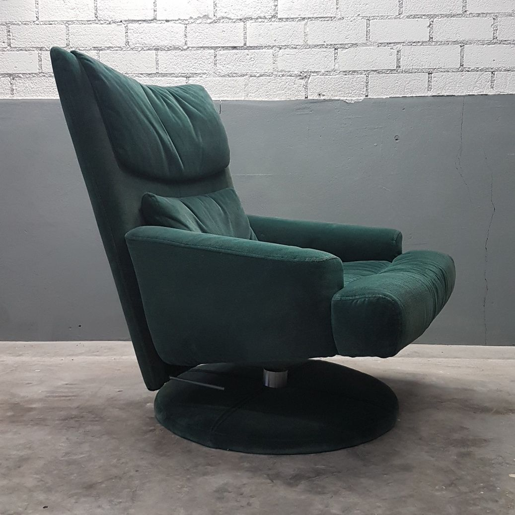 green velvet swivel chair with ottoman from rolf benz 1980s for sale at pamono. Black Bedroom Furniture Sets. Home Design Ideas