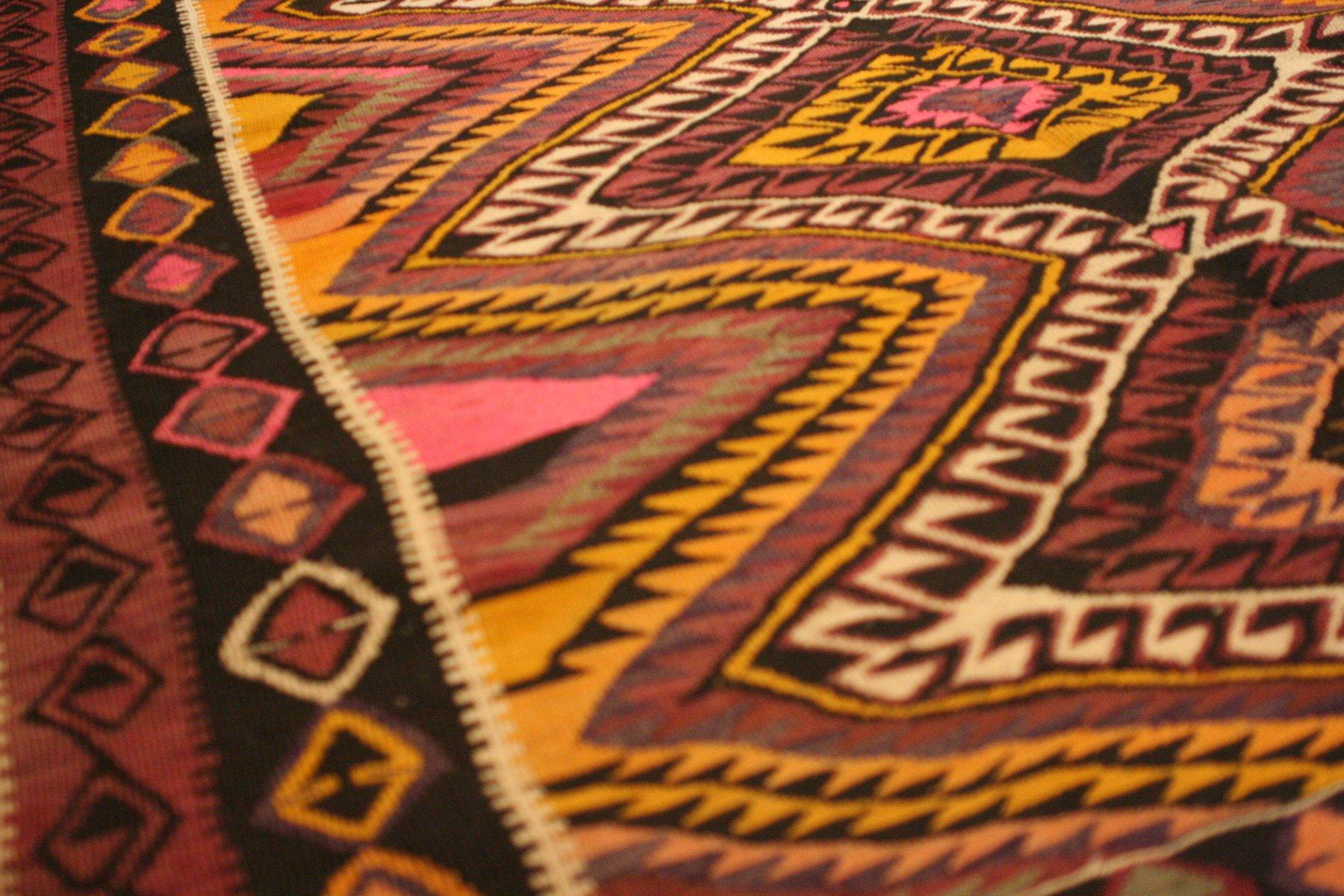 gro er handgearbeiteter t rkischer vintage teppich bei pamono kaufen. Black Bedroom Furniture Sets. Home Design Ideas