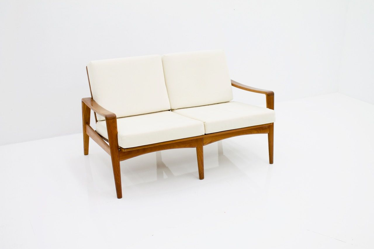 2 seater teak sofa by arne wahl iversen for komfort 1960s for sale at pamono. Black Bedroom Furniture Sets. Home Design Ideas