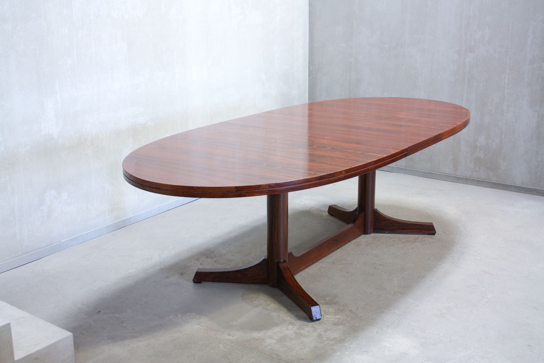 Oval Dining Table By Robert Heritage For Archie Shine, 1960s