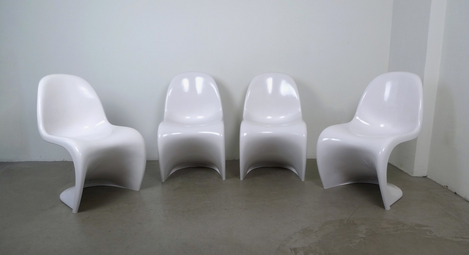 White Panton Chairs by Verner Panton for Vitra, 1971, Set of 4 for ...