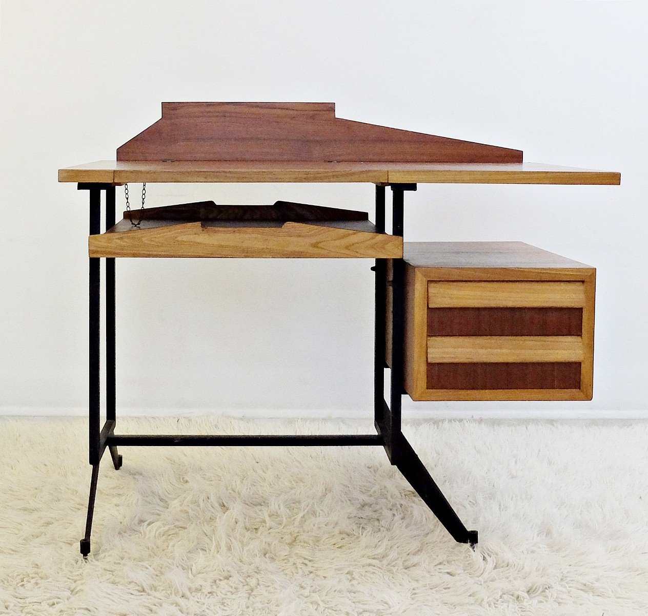 writing design with drawers have as must black desk craftsmanbb computer