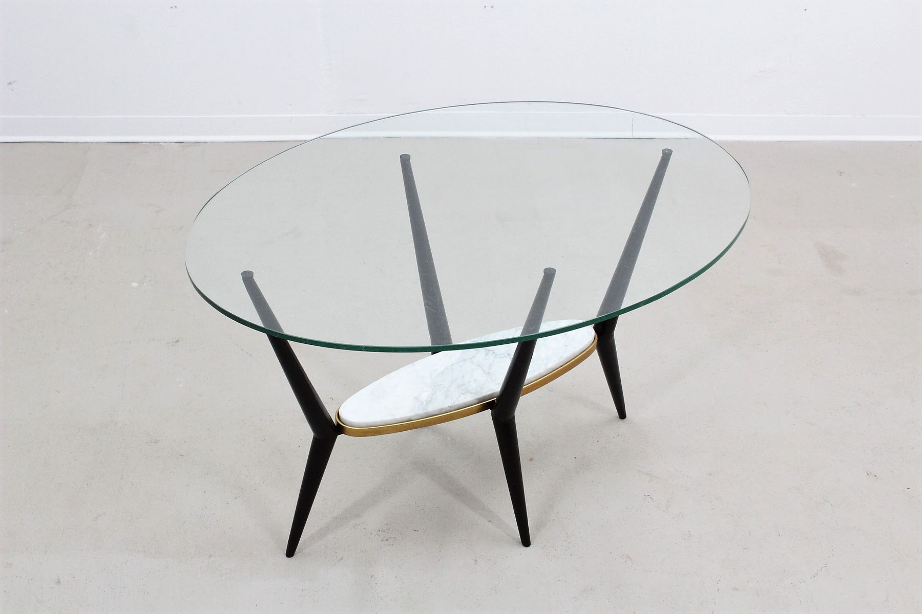 italienischer marmor und glas couchtisch 1950er bei pamono kaufen. Black Bedroom Furniture Sets. Home Design Ideas