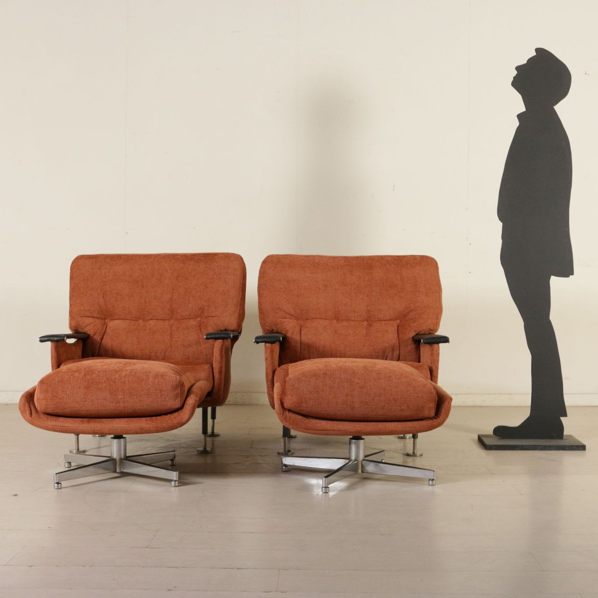 Awesome Italian Armchairs With Footstools, 1960s, Set Of 2