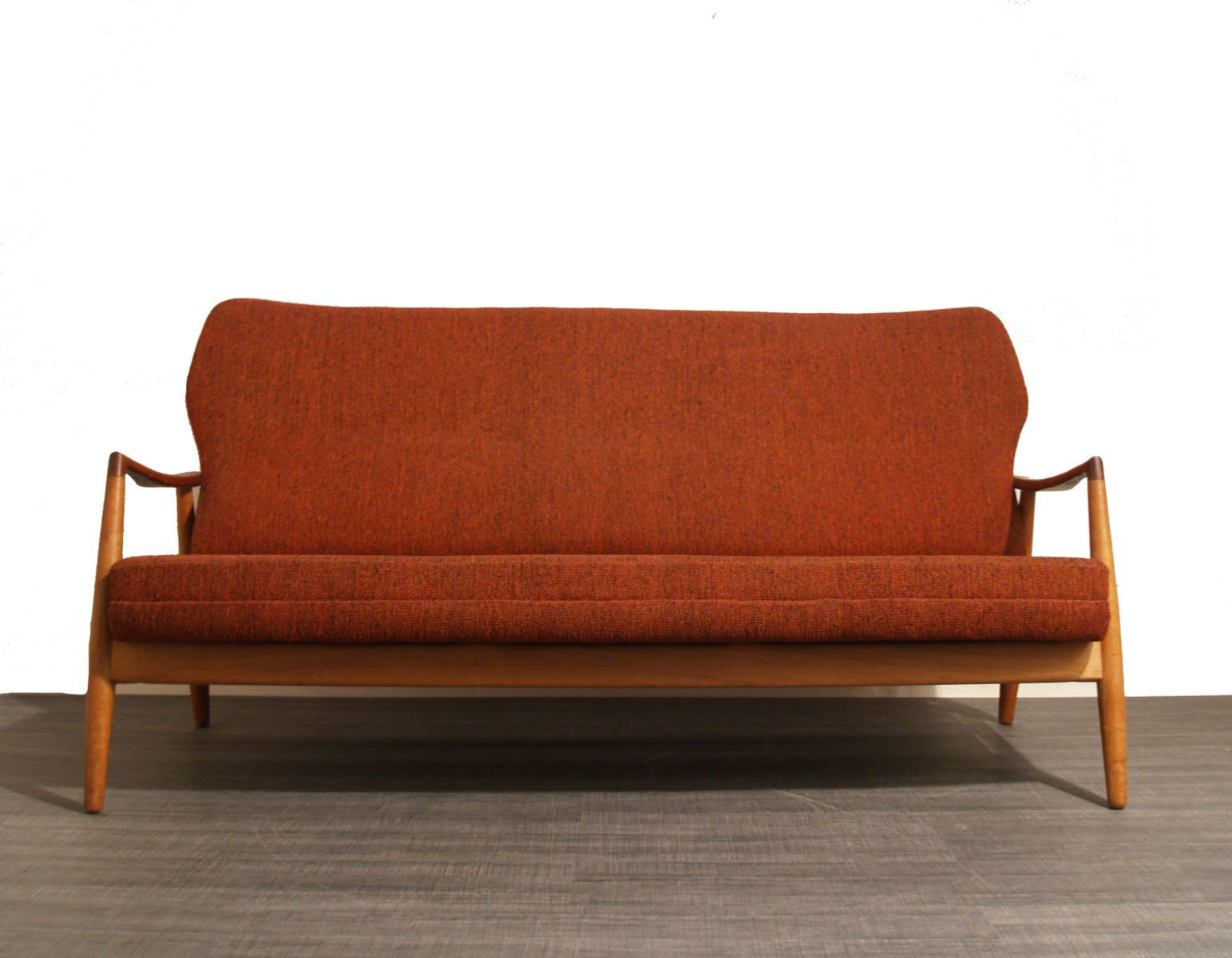 rotes sofa von aksel bender madsen f r bovenkamp 1950er bei pamono kaufen. Black Bedroom Furniture Sets. Home Design Ideas