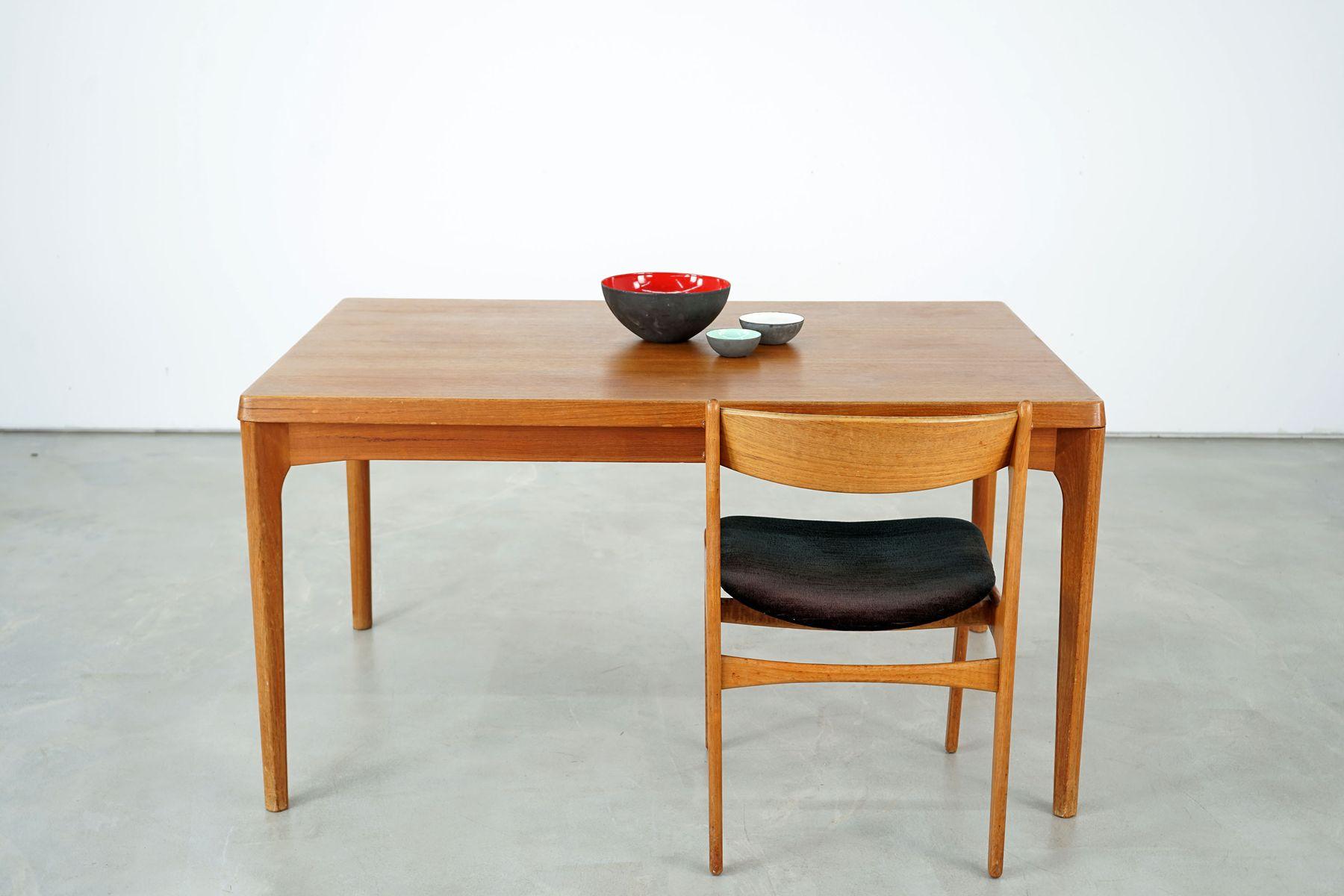 gro er esstisch von henning kjaernulf f r vejle. Black Bedroom Furniture Sets. Home Design Ideas
