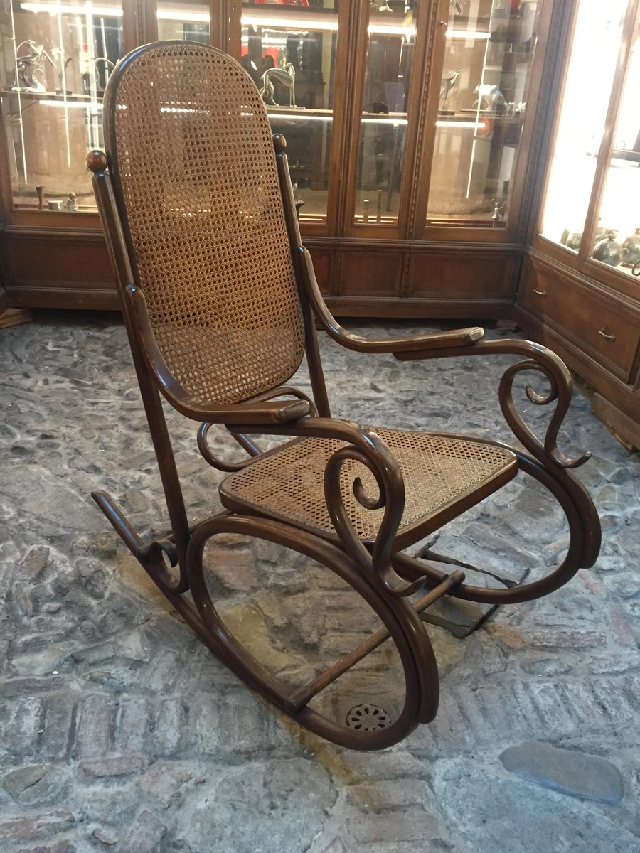 antique rocking chair from thonet for sale at pamono. Black Bedroom Furniture Sets. Home Design Ideas