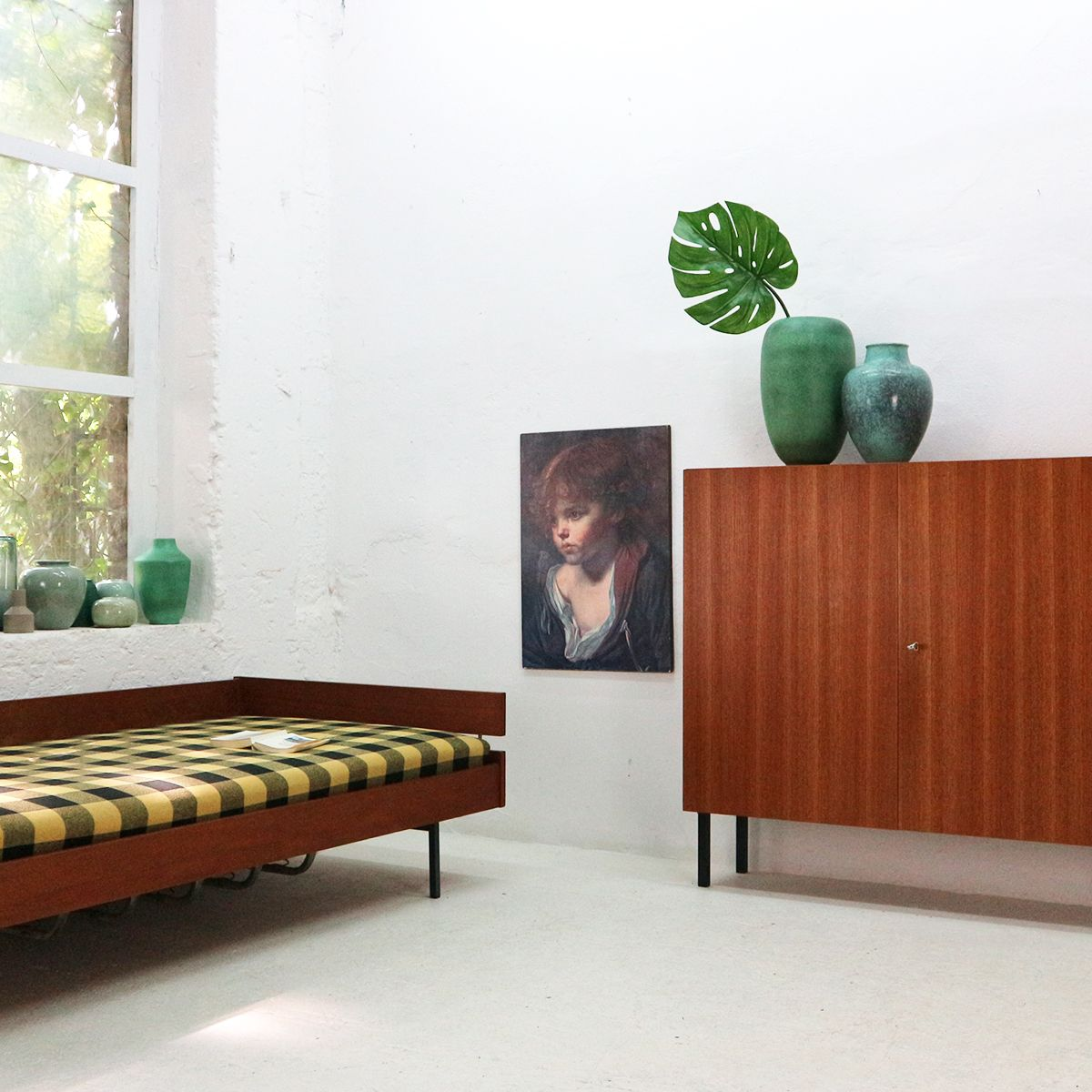 mid century teak furnier schrank von idee m bel 1960er. Black Bedroom Furniture Sets. Home Design Ideas