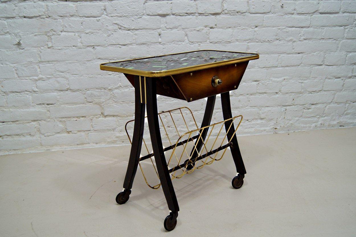 deutscher mid century beistelltisch mit zeitungsst nder. Black Bedroom Furniture Sets. Home Design Ideas