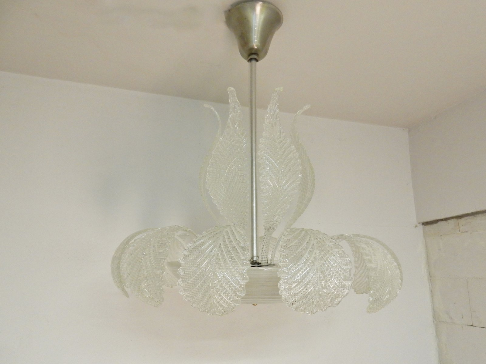 Glass leaf chandelier from barovier and toso 1970s for sale at pamono glass leaf chandelier from barovier and toso 1970s arubaitofo Choice Image