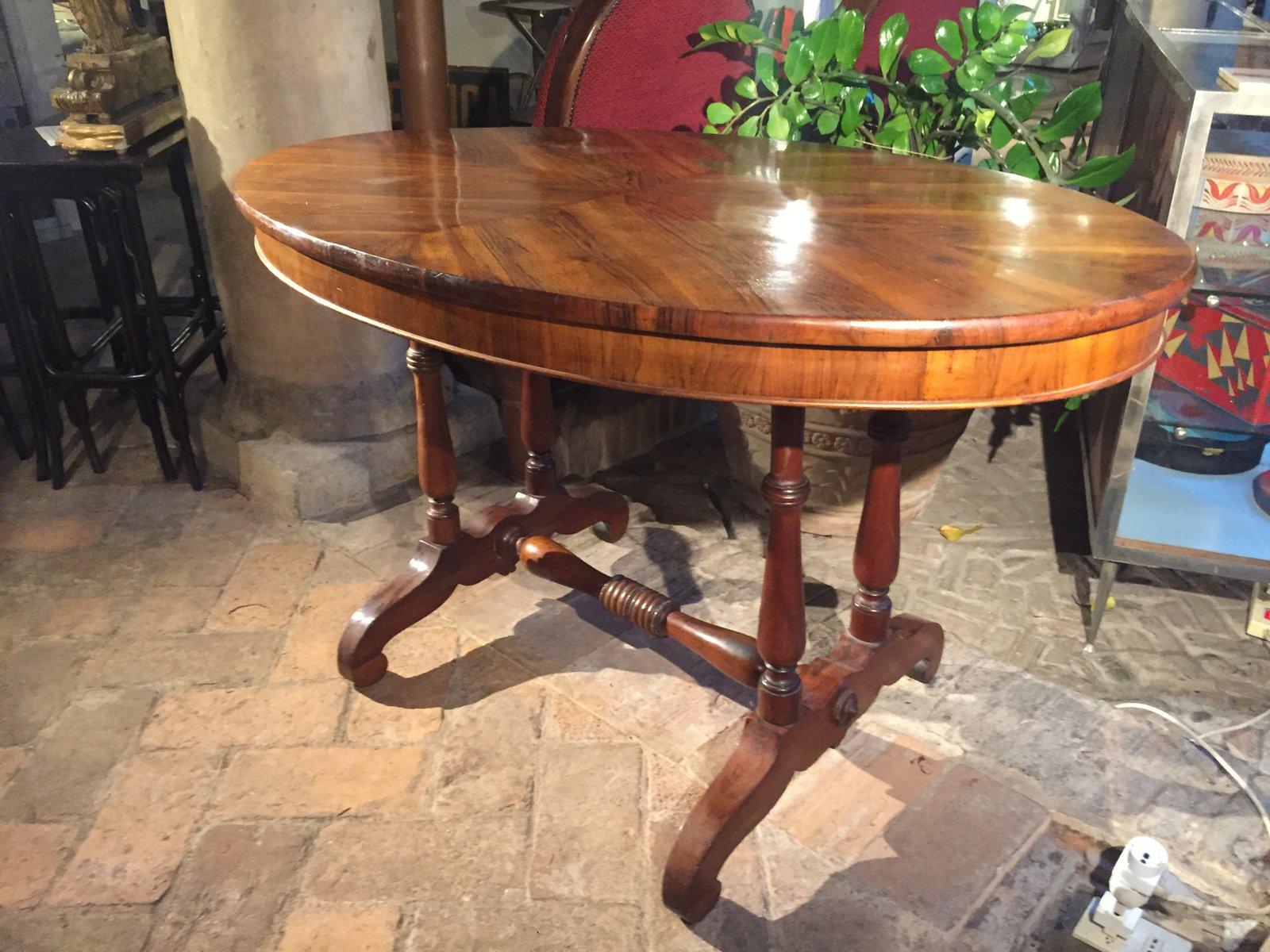 ovaler italienischer tisch aus walnuss bei pamono kaufen. Black Bedroom Furniture Sets. Home Design Ideas