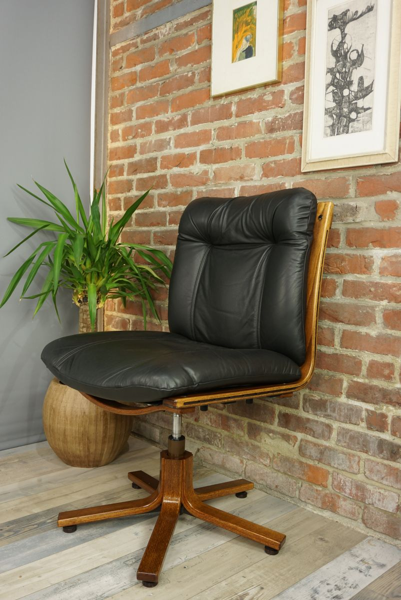 Leather And Wood Swivel Office Chair, 1970s For Sale At Pamono