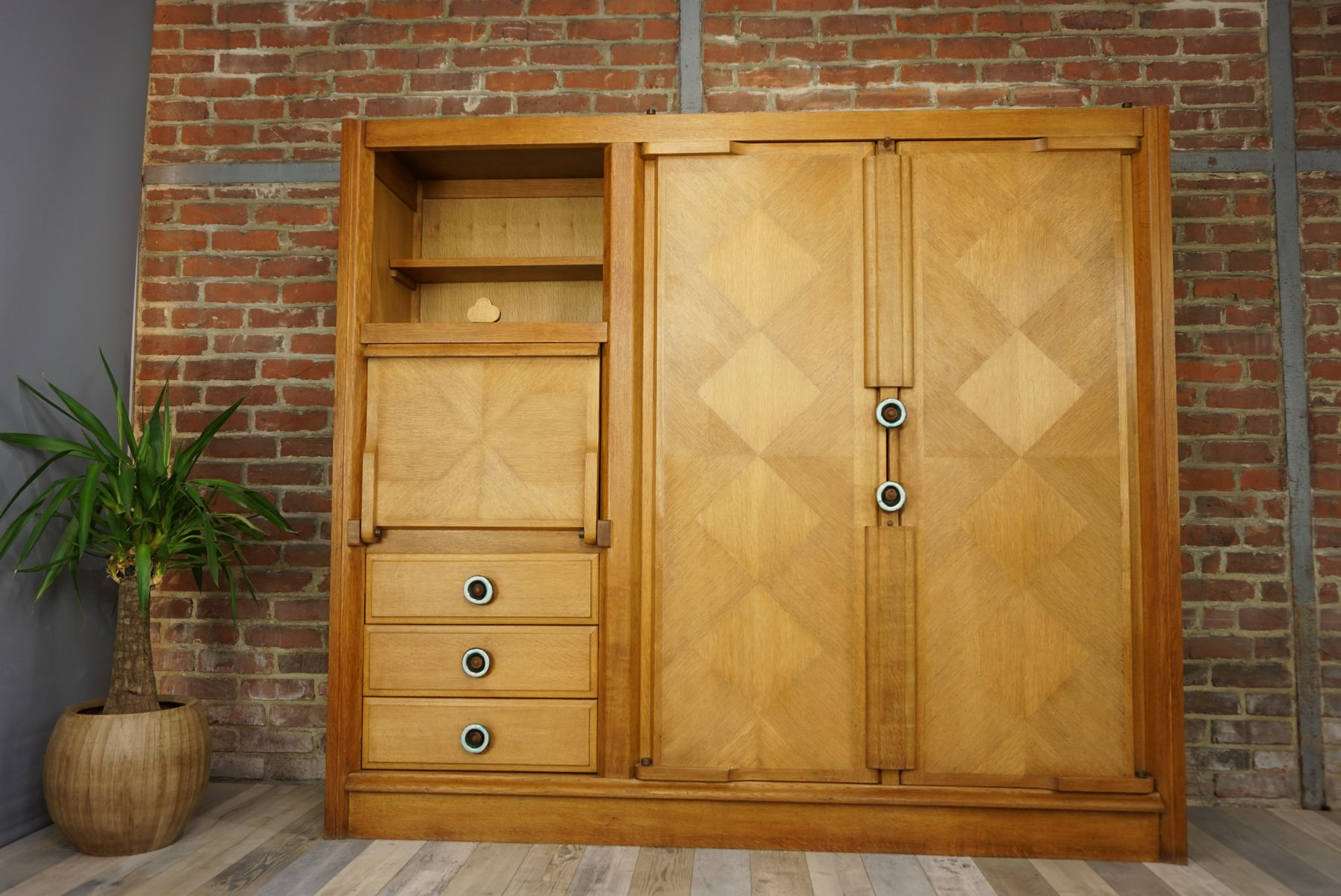 g meau wardrobe by guillerme et chambron for votre maison 1950s for sale at pamono. Black Bedroom Furniture Sets. Home Design Ideas