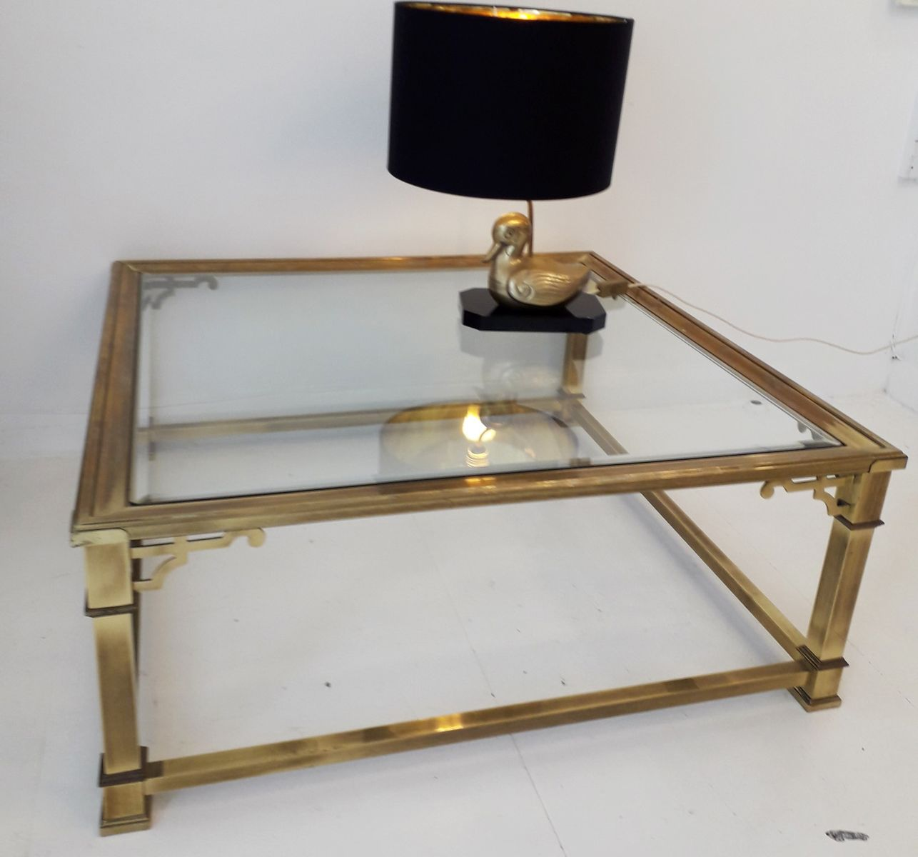 large brass glass coffee table from mastercraft 1970s for sale at pamono. Black Bedroom Furniture Sets. Home Design Ideas