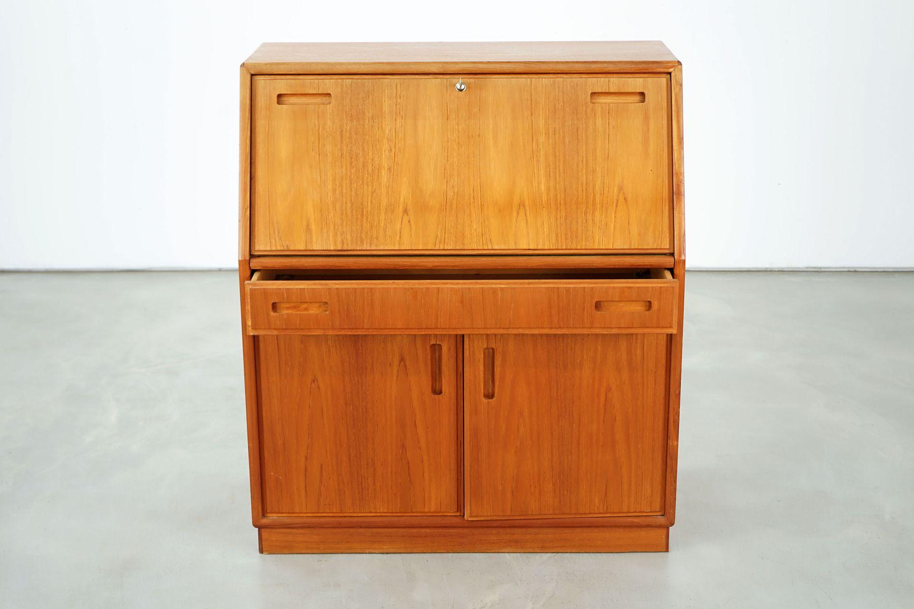 teak sekret r von dyrlund 1970er bei pamono kaufen. Black Bedroom Furniture Sets. Home Design Ideas