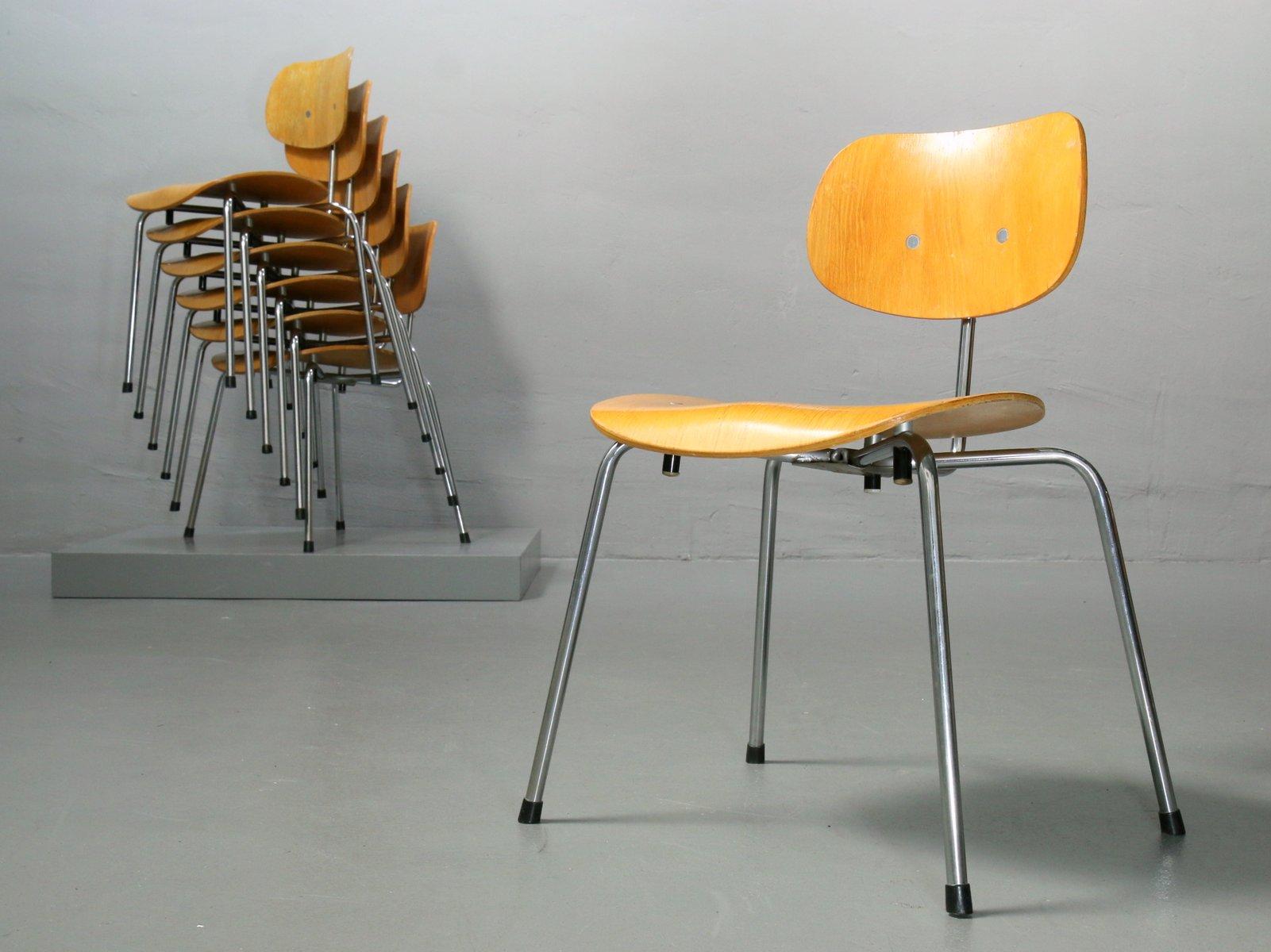 se 68 stuhl aus furnierter eiche von egon eiermann f r. Black Bedroom Furniture Sets. Home Design Ideas