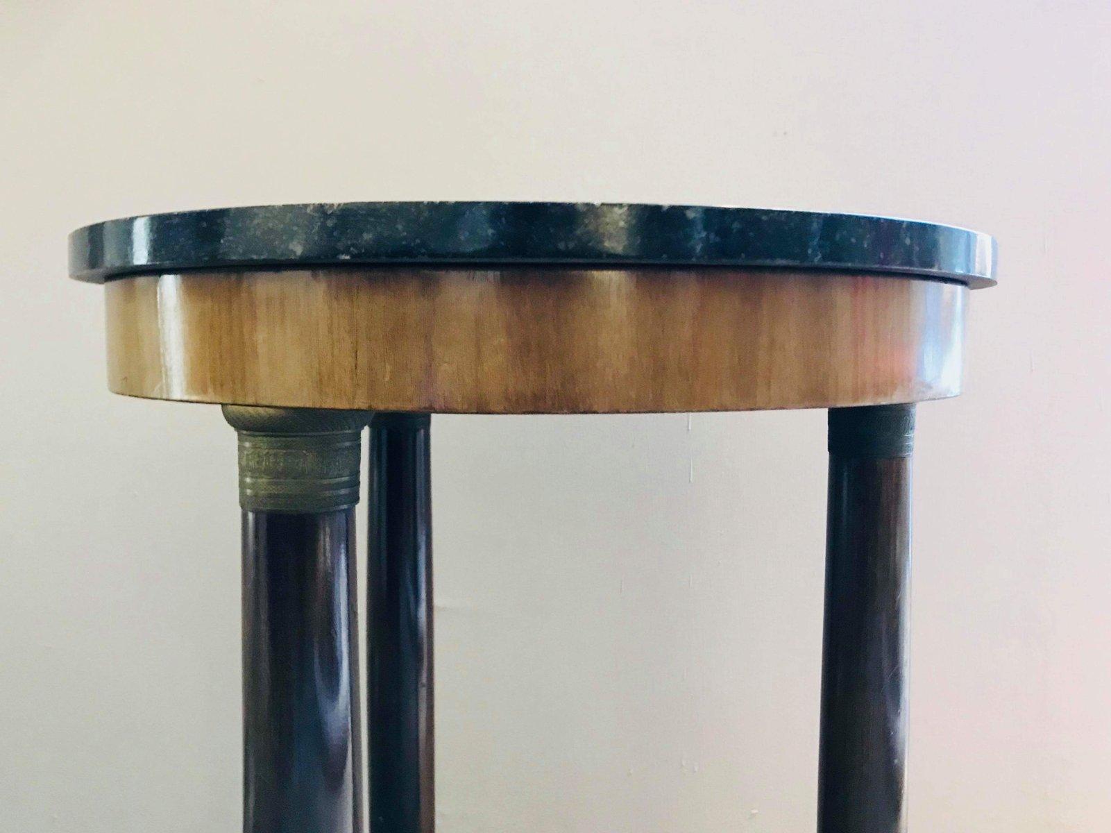 kleiner empire tisch mit st tzs ulen bronze eins tzen aus holz und schwarzem marmor 1870er. Black Bedroom Furniture Sets. Home Design Ideas