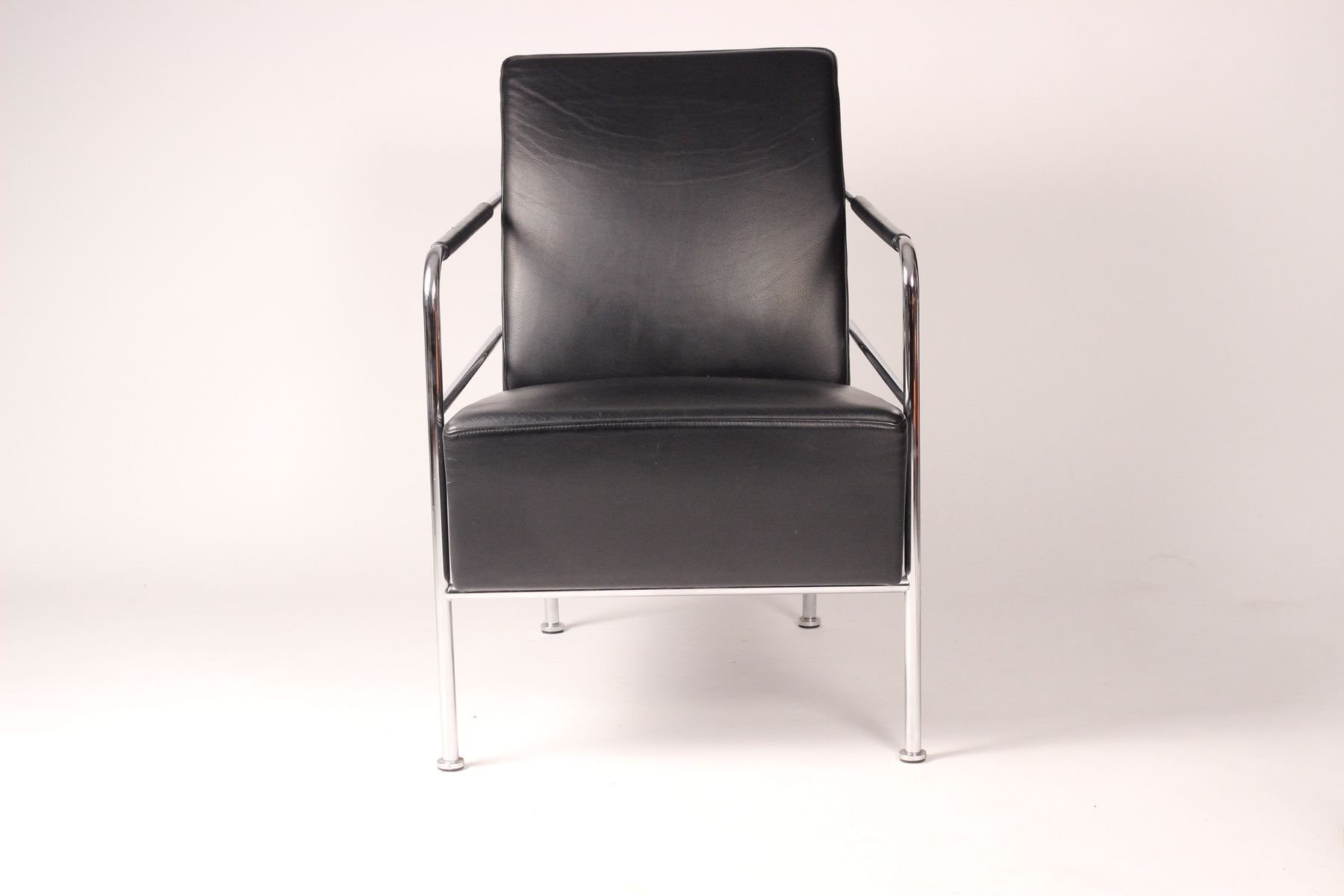 Leather Lounge Chair by Gunilla Allard for Lammhults, 1994 for sale at Pamono