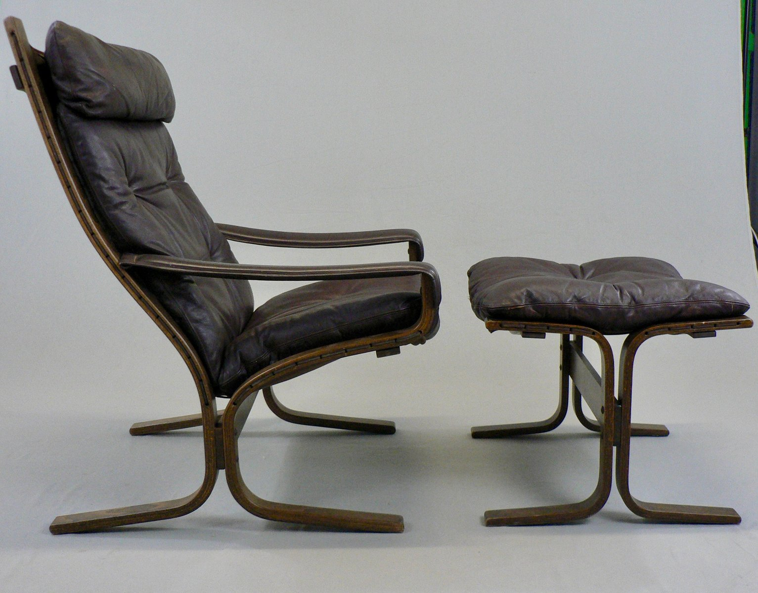 Model Siesta Chair And Ottoman By Ingmar Relling For