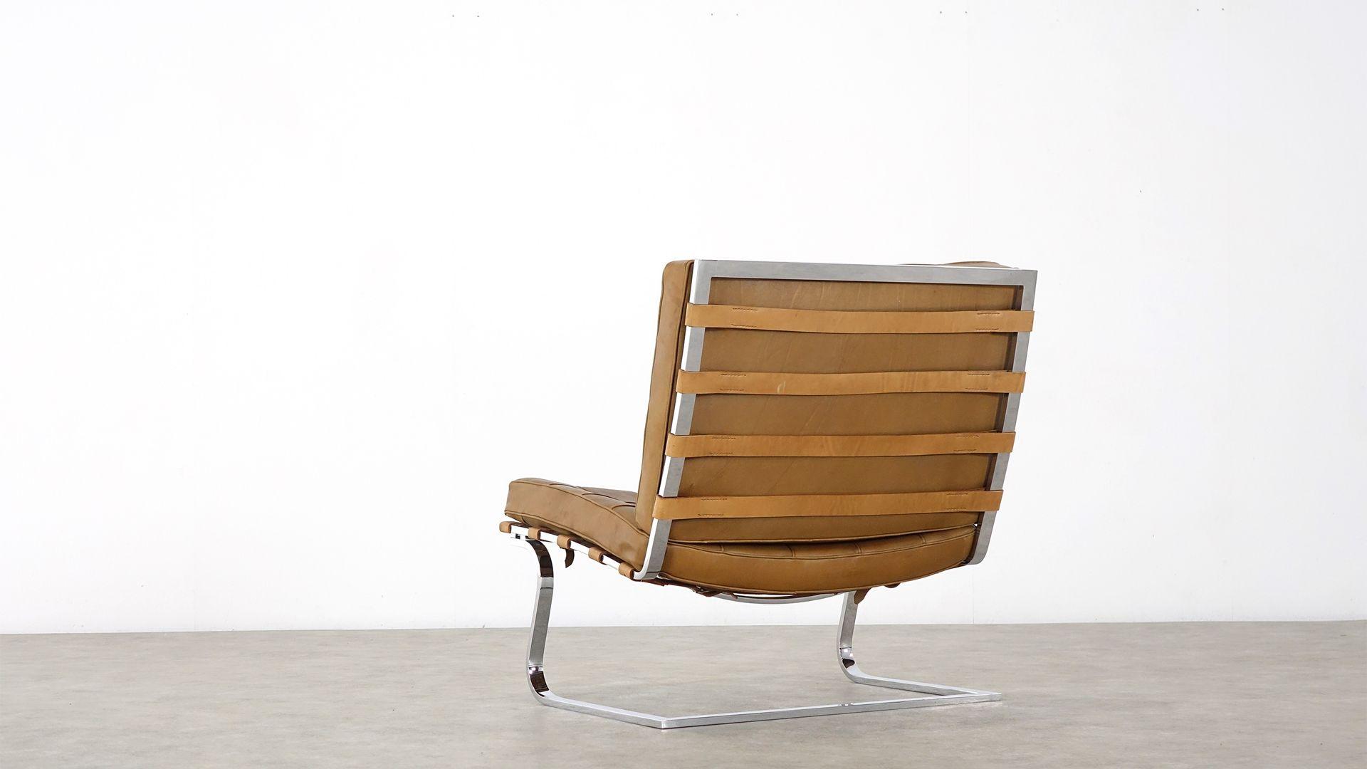 sessel von ludwig mies van der rohe f r knoll. Black Bedroom Furniture Sets. Home Design Ideas