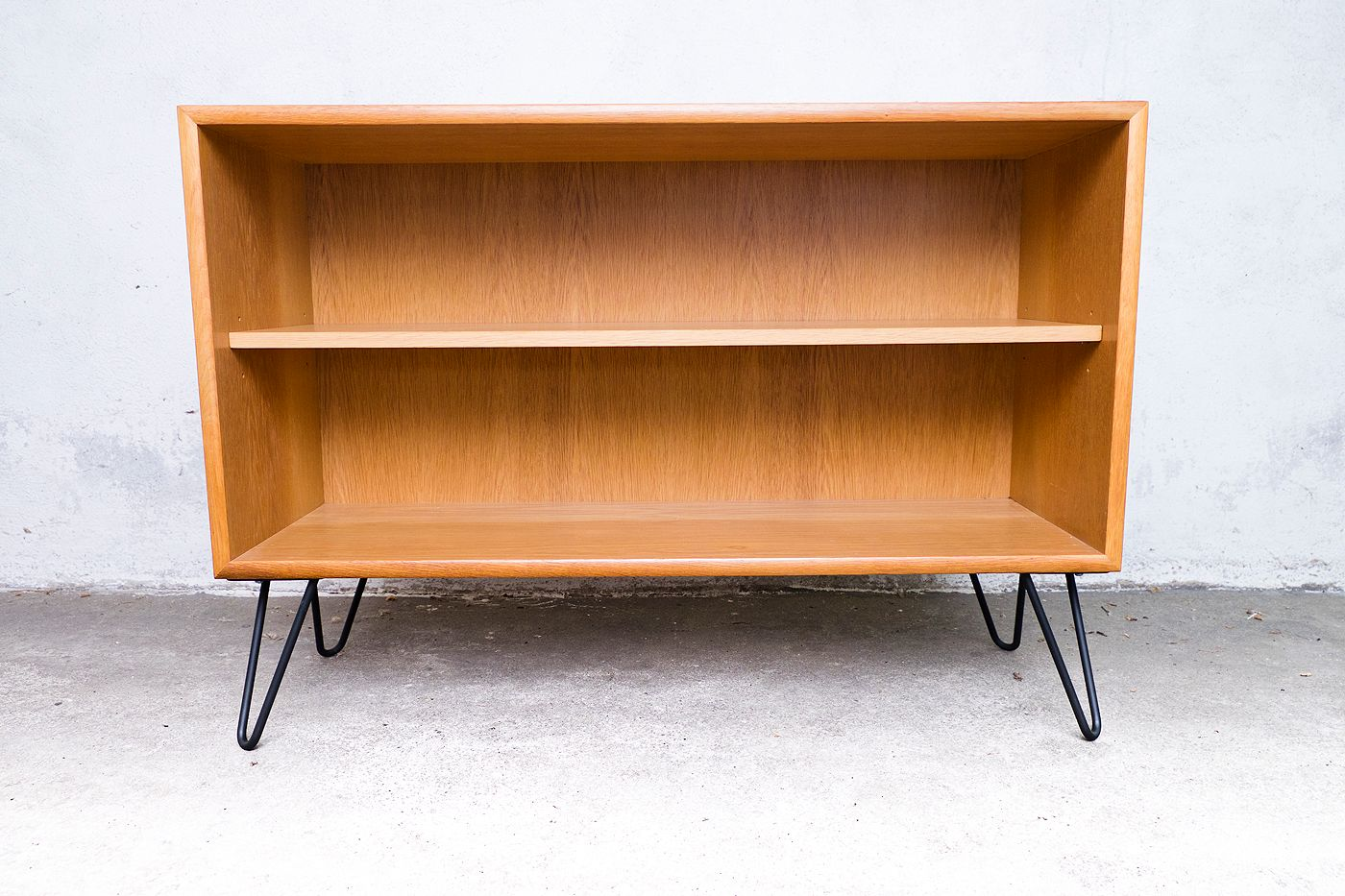 mid century german oak shelves from wk m bel 1960s for sale at pamono. Black Bedroom Furniture Sets. Home Design Ideas