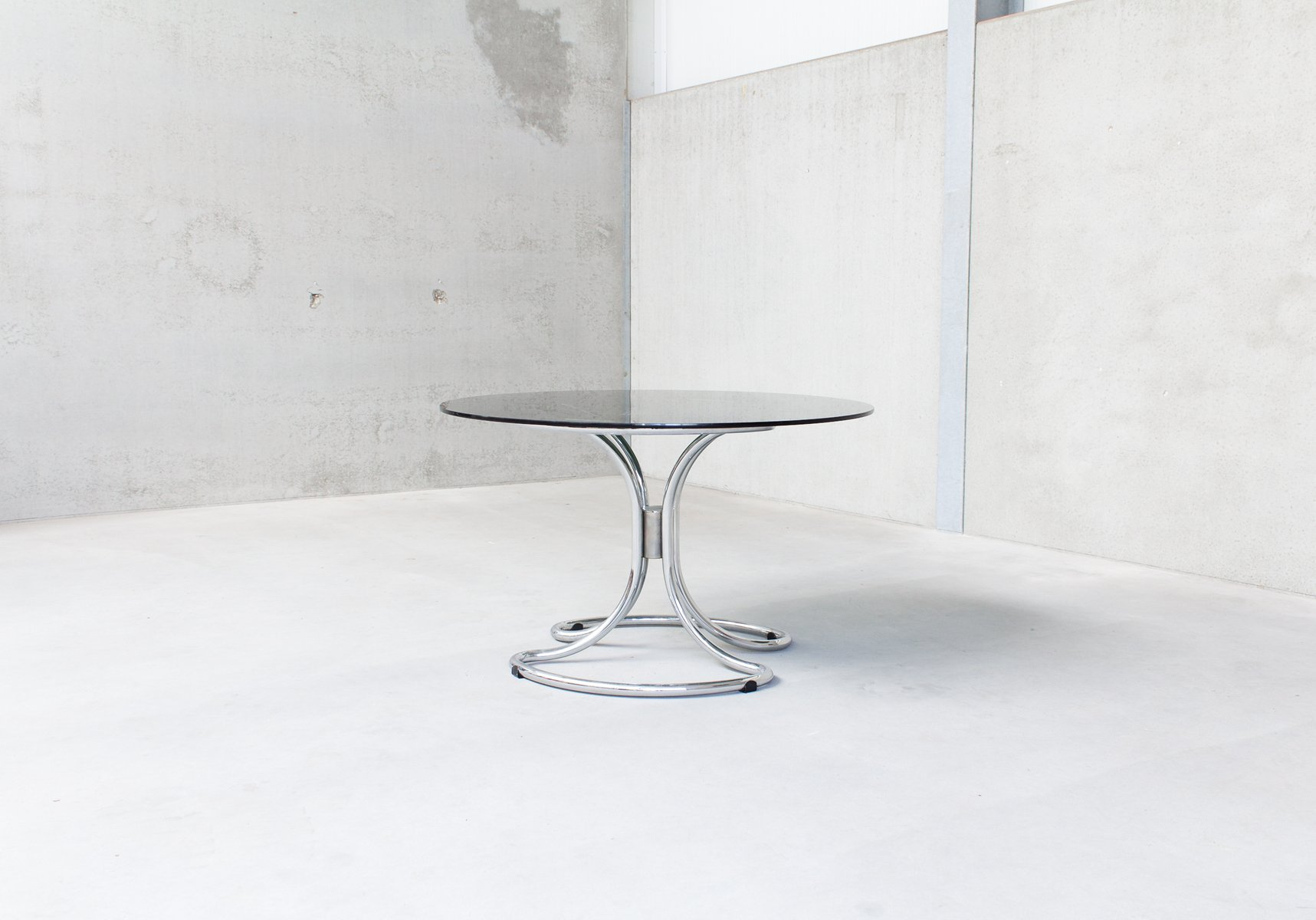 ... Smoked Glass Dining Table By Giotto Stoppino 6. U20ac1,250.00