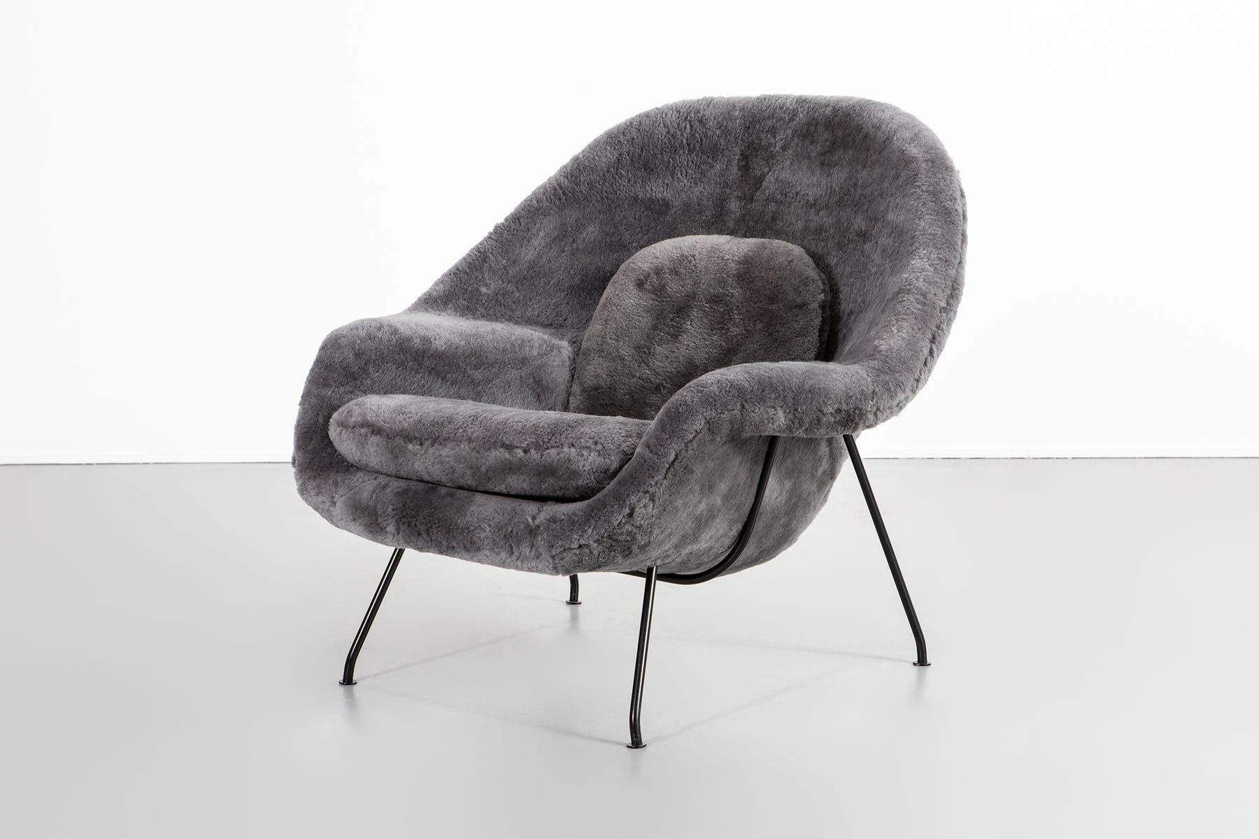 Vintage Womb Chairs By Eero Saarinen For Knoll, Set Of
