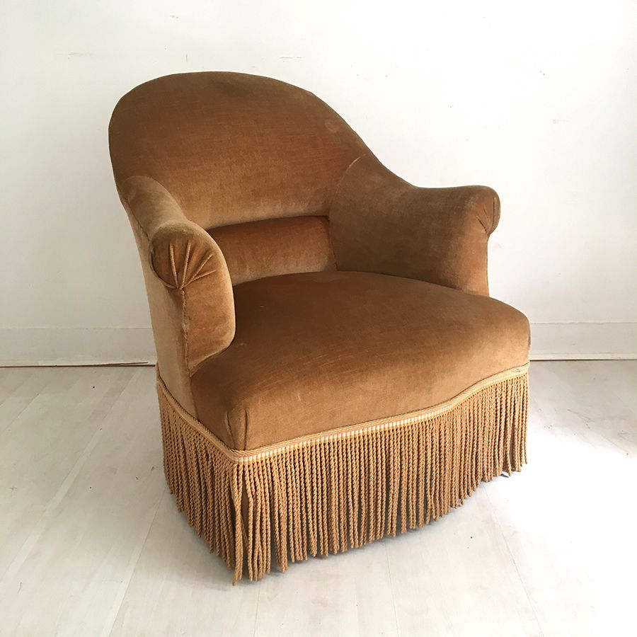 Antique Crapaud Lounge Chair in Brown - Antique Crapaud Lounge Chair In Brown For Sale At Pamono