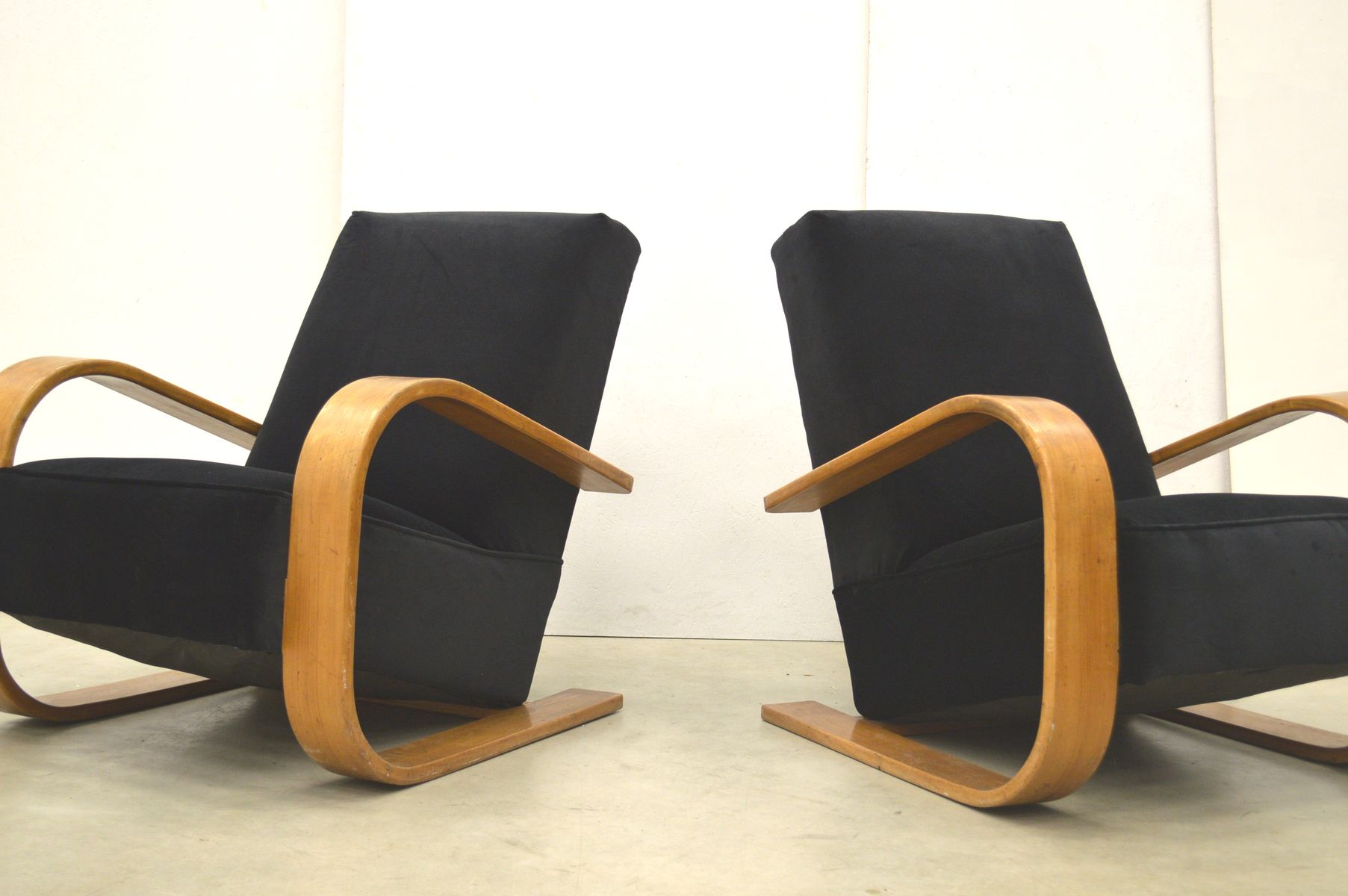 Finnish Art Deco Style Lounge Chairs 1930s Set Of 2