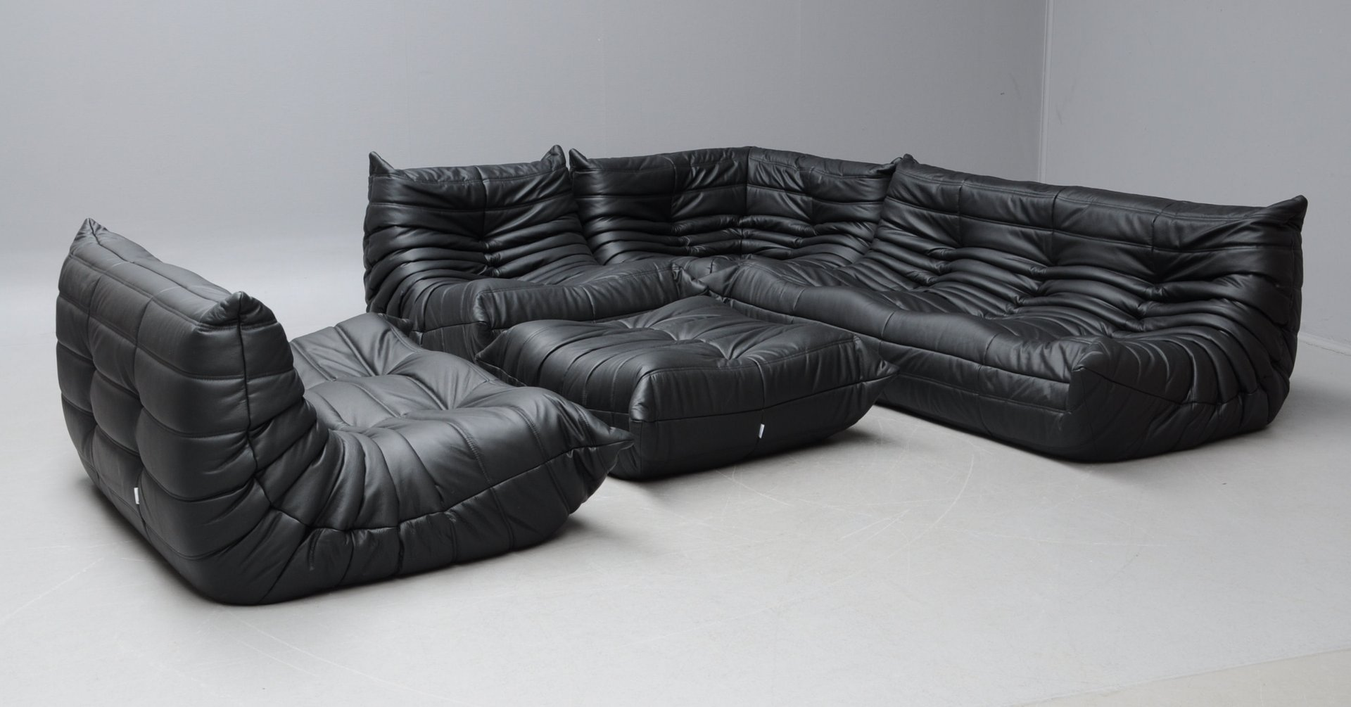 Vintage Black Leather Togo Sofa Set By Michel Ducaroy For Ligne Roset