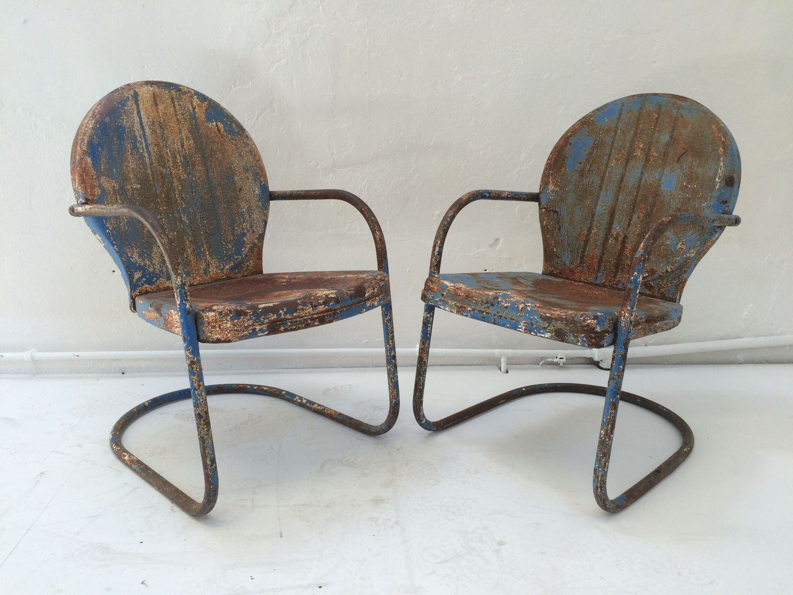 Mid Century American Clam Shell Patio Chairs 1950s Set