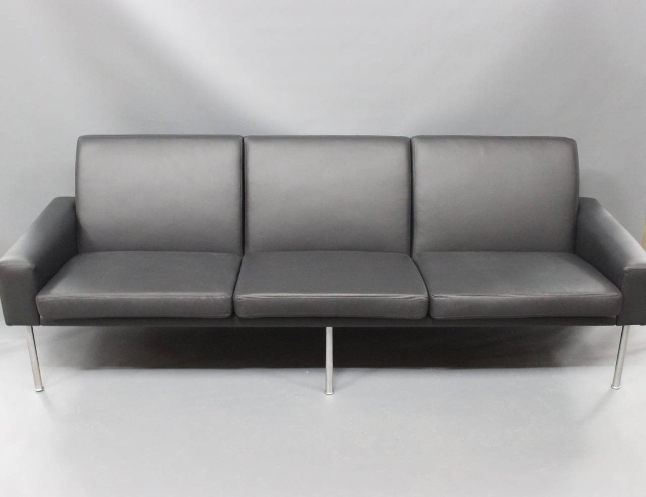 Model 34/3 3 Seater Sofa By Hans J. Wegner, 1960 For Sale At Pamono