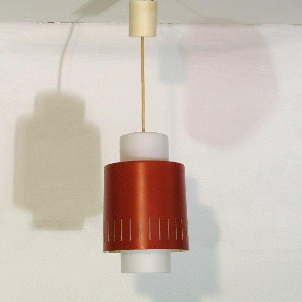 rot wei e deutsche h ngeleuchte von staff leuchten 1960er bei pamono kaufen. Black Bedroom Furniture Sets. Home Design Ideas