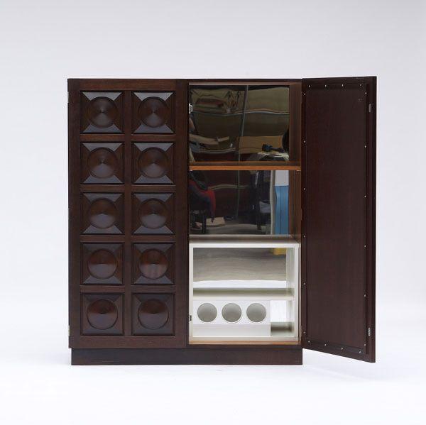 modernistischer schrank mit grafischen t ren aus belgien bei pamono kaufen. Black Bedroom Furniture Sets. Home Design Ideas